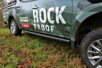 test-mitsubishi-l200-off-road-rock-proof- (11)