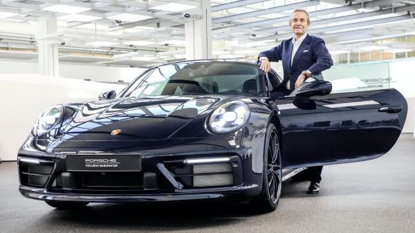 Porsche oslavilo narozeniny známého závodního pilota speciální edicí modelu 911
