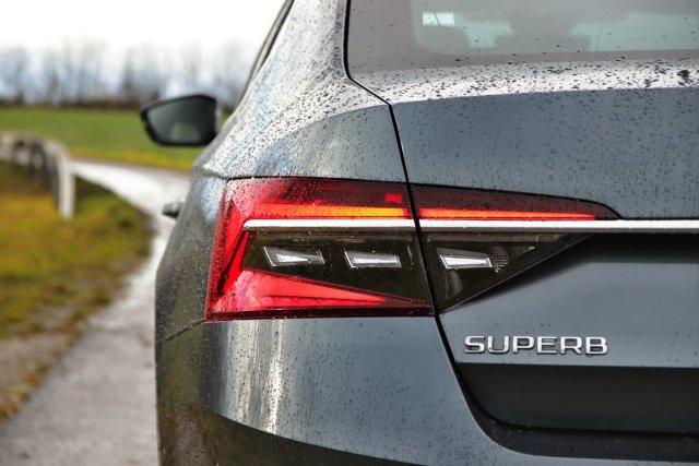 test-skoda-superb-facelift-20-tdi-140-kw-4x4-dsg- (10)