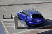 2020-volkswagen-touareg-r-plug-in-hybrid- (12)