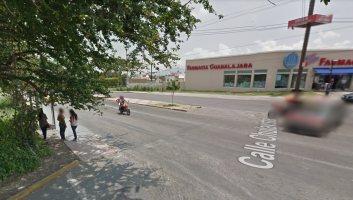 google-maps-street-view-nehoda-pick-up-motorka-3