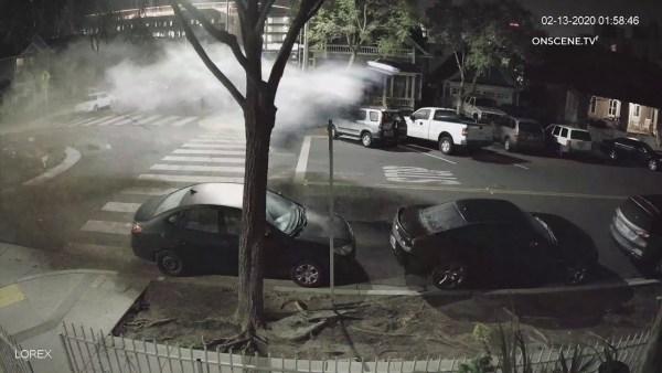 Mladá řidička pod vlivem přehlédla ostrůvek. Zbořila svoje BMW M4 a dalších několik aut kolem