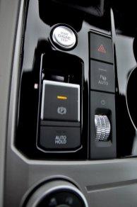 test-2020-volkswagen-touareg-v8-40-tdi-4motion- (32)