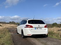 test-po-4tisic-kilometrech-2020-peugeot-308-sw-15-bluehdi-8at- (6)