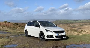 test-po-4tisic-kilometrech-2020-peugeot-308-sw-15-bluehdi-8at- (7)