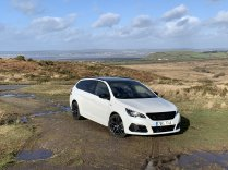 test-po-4tisic-kilometrech-2020-peugeot-308-sw-15-bluehdi-8at- (8)