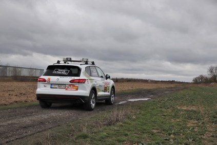 test-volkswagen-touareg-v6-30-tdi-170-kW-4motion-dakar-barth-racing- (9)