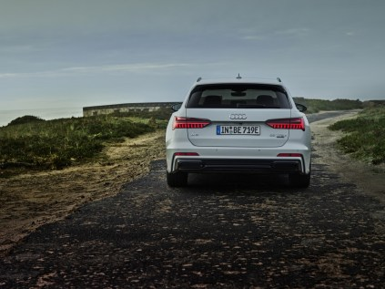 Audi_A6_Avant_TFSI_e_quattro-Plug-in_hybrid- (6)