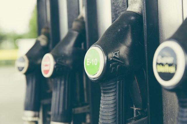 cerpaci-stanice-tankovaci-pistole-tankovani-benzin-ethanol-nafta