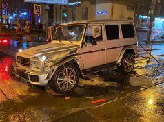 mercedes-benz-g63-amg-nehoda-pri-200kmh-v-rusku-video-galerie- (2)