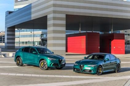 2020-Alfa-Romeo-Stelvio-Quadrifoglio-a-Alfa-Romeo-Giulia-Quadrifoglio-facelift- (1)