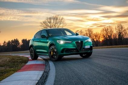 2020-Alfa-Romeo-Stelvio-Quadrifoglio-facelift- (1)