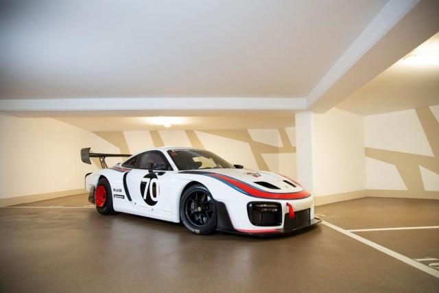 RM-Sothebys-aukce-Porsche_935-s-polepem-Martini_Racing- (2)