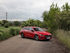 test-2020-mercedes-benz-cla-200d-shooting-brake-AT- (1)