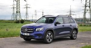 test-2020-mercedes-benz-glb-200d-4matic- (3)