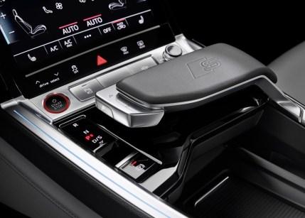 2021-elektromobil-Audi_e-tron_S- (17)