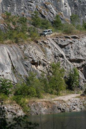 prvni-jizda-Land-Rover-Defender-a-dalsi-modely-v-lomu-Amerika-Dajbych- (9)