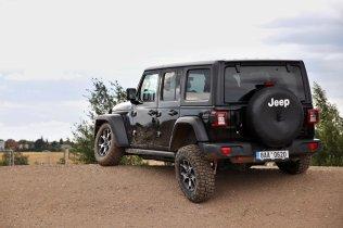 test-2020-jeep_wrangler_rubicon-a-jeep_wrangler_sahara- (10)