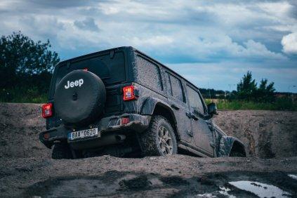 test-2020-jeep_wrangler_sahara-a-jeep_wrangler_rubicon- (12)