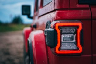test-2020-jeep_wrangler_sahara-a-jeep_wrangler_rubicon- (15)