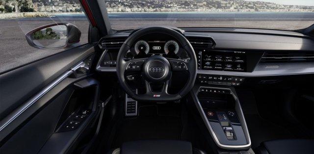 2021-audi-s3-limuzina- (11)