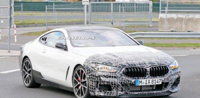 BMW-M8-motor-uprostred-spy-foto-nurburgring-carscoops_com-1
