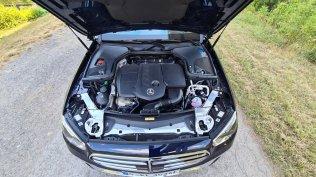 prvni-jizda-2021-mercedes-benz-e-300-de-4matic-kombi-facelift- (11)