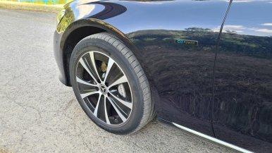 prvni-jizda-2021-mercedes-benz-e-300-de-4matic-kombi-facelift- (5)