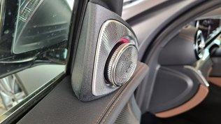 prvni-jizda-2021-mercedes-benz-e-300-facelift- (16)