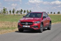 test-2020-mercedes-benz-gla-220d-4matic- (2)