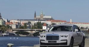 2021-Rolls-Royce_Ghost-Praha