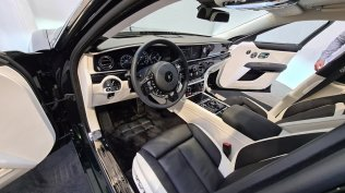 2021-rolls-royce-ghost-extended-live- (8)
