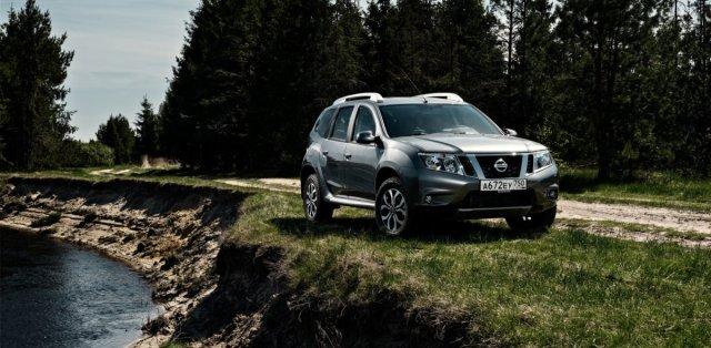 nissan_terrano-na-zakladech-Dacia_Duster- (2)