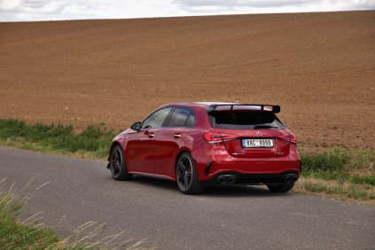 test-2020-mercedes-amg_a_45_s-4matic- (9)