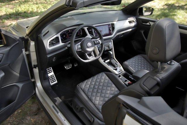 test-2020-volkswagen_t-roc_cabriolet-15-tsi-110kw-dsg- (21)