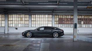 2020-Porsche_Panamera_Turbo_S_E-Hybrid- (2)