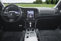 2020-Renault_Megane_Grandtour_E-TECH-plug-in_hybrid-5