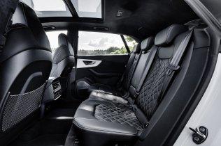 2021-audi-q8-tfsie-quattro-plug-in-hybrid- (18)
