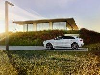 2021-audi-q8-tfsie-quattro-plug-in-hybrid- (4)