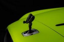 Rolls-Royce-Black_Badge-Dawn-Wraith-Cullinan-Neon_Nights- (12)
