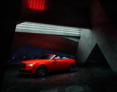 Rolls-Royce-Black_Badge-Dawn-Wraith-Cullinan-Neon_Nights- (5)
