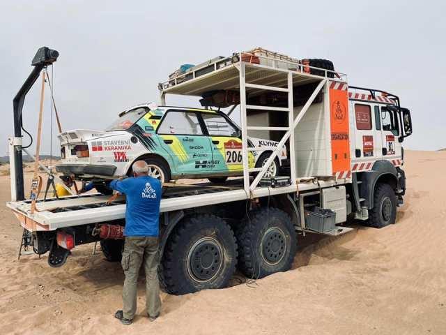 skoda_130_LR-Rallye_Dakar_2021-Ondrej_Klymciw-a-Petr_Vlcek-odstoupeni
