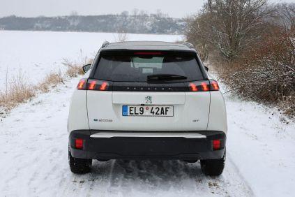 Test-2021-elektromobil-Peugeot_e-2008- (12)