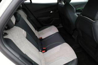 Test-2021-elektromobil-Peugeot_e-2008- (26)