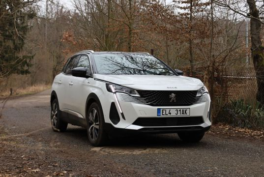 Test2021-Peugeot_3008_GT_Hybrid-EAT8- (1)