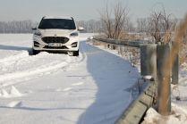 test-2021-hybrid-ford-kuga-hev- (18)