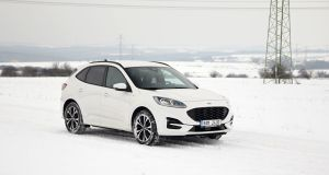 test-2021-hybrid-ford-kuga-hev- (9)