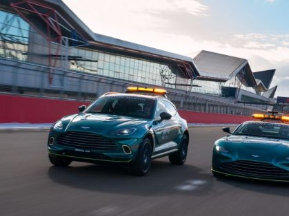 Safety_car-a-Medical_car-F1-Aston_Martin- (1)