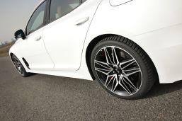 Test-2021-Kia_Stinger_GT-V6-33-T_GDI-AWD- (17)