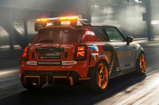 mini_electric_pacesetter-safety_car-formule_e- (8)